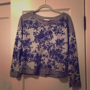 Lush Cropped Lightweight Pullover w/ Floral Design